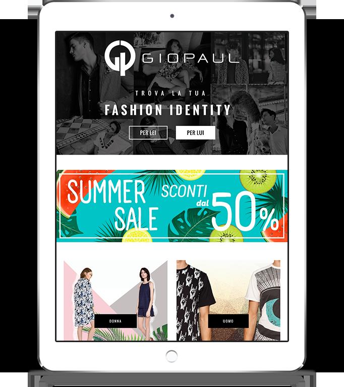 mockup dello sviluppo della homepage del sito web responsivo ecommerce per lo shop di Giopaul visibile anche da iPad